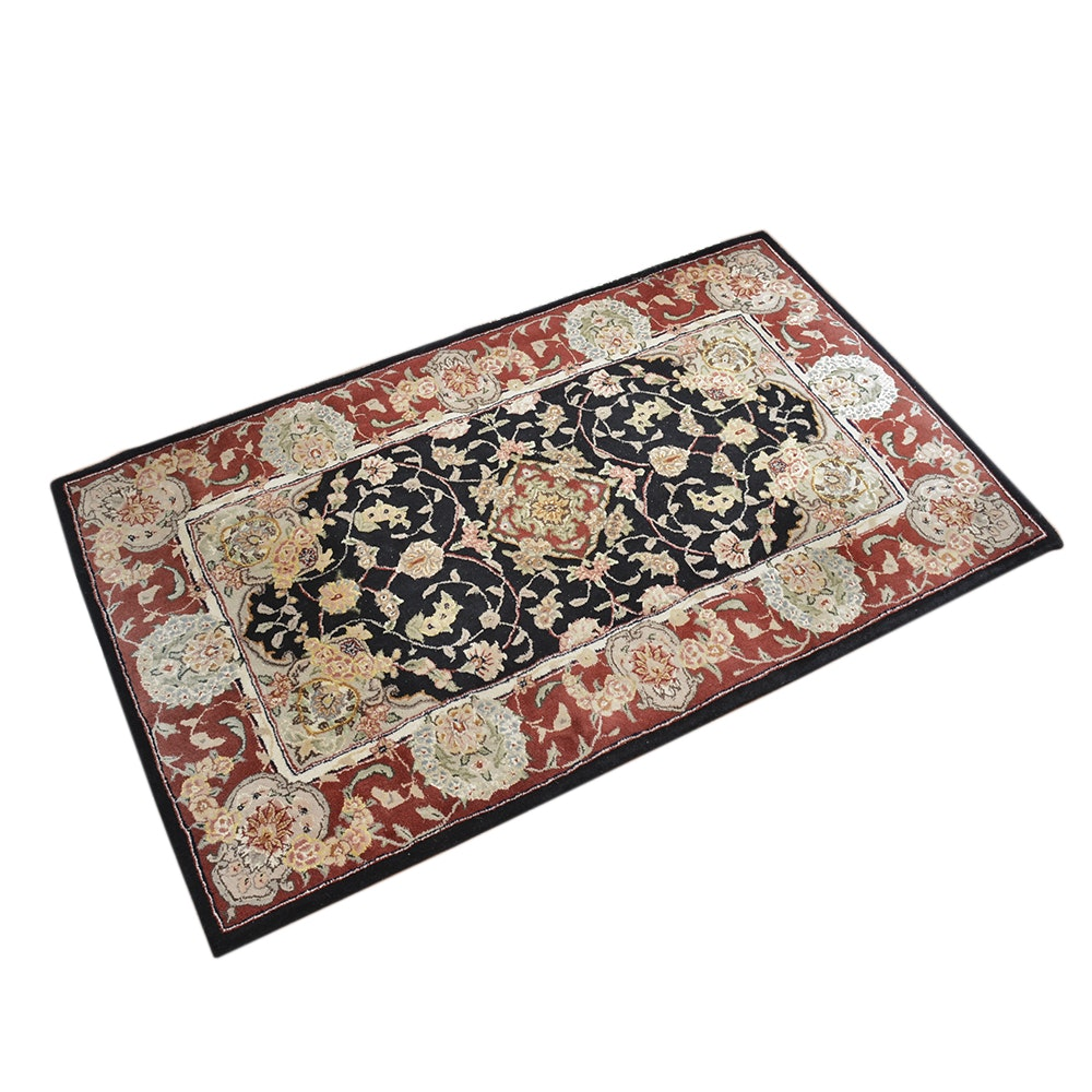 Hand-Tufted Indo-Persian Accent Rug