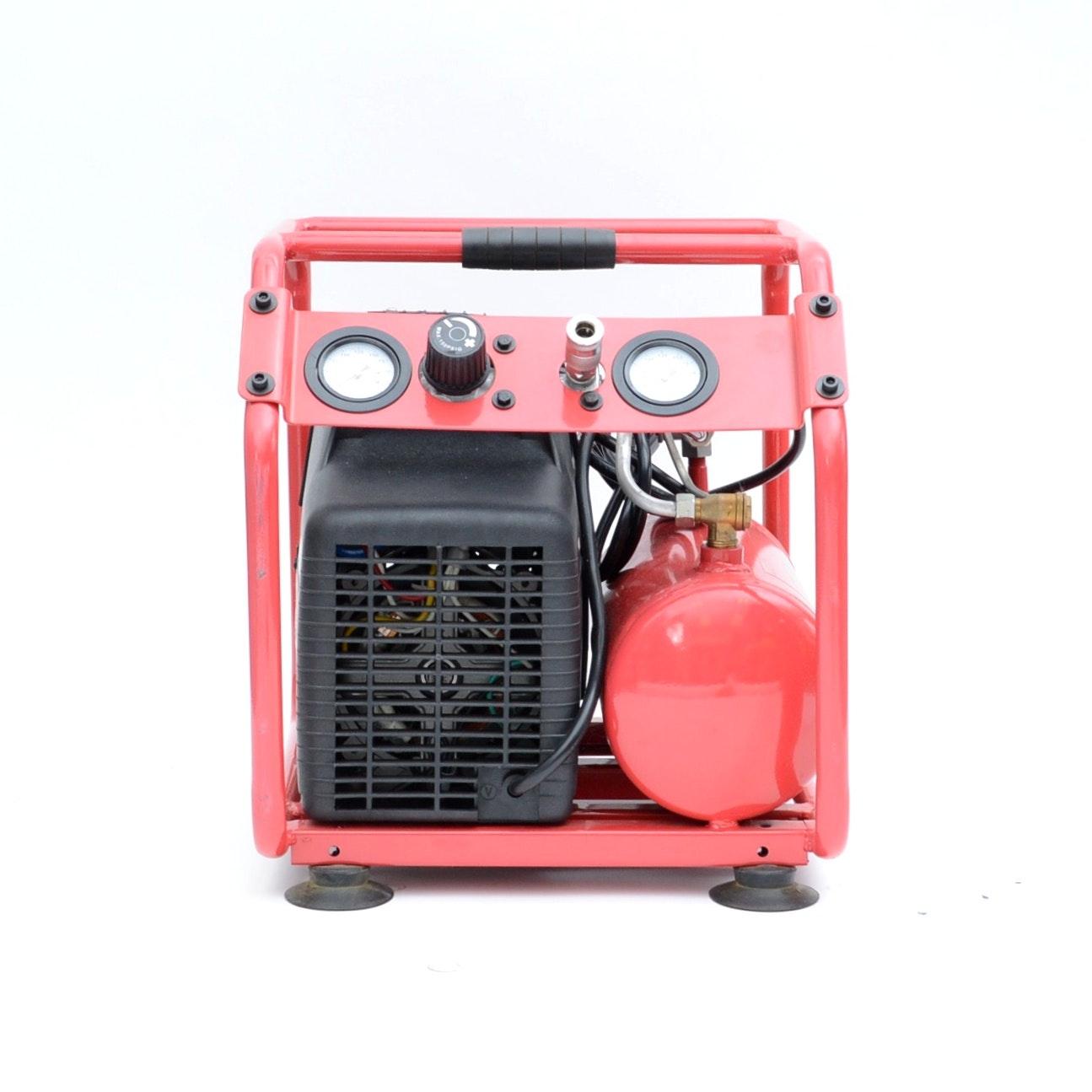 3 PRO 1.6 Gallon Oil- Free Hot Dog Compressor