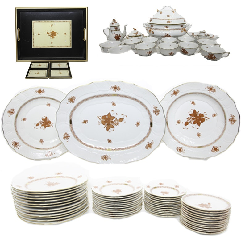 """Herend Hand-Painted Porcleain """"Chinese Bouquet"""" Table Service"""