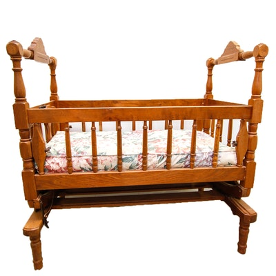 Vintage Eastlake Style Cradle. Vintage Baby Furniture Auction   Antique Nursery Furniture   EBTH