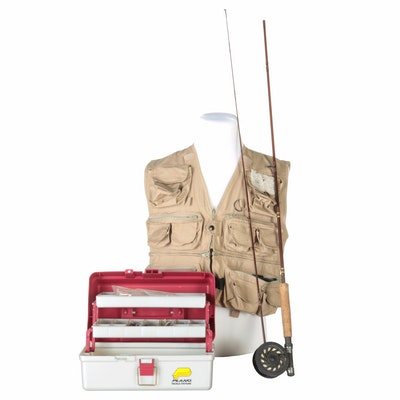 Vintage fishing gear auction used fishing equipment ebth for Fly fishing accessories