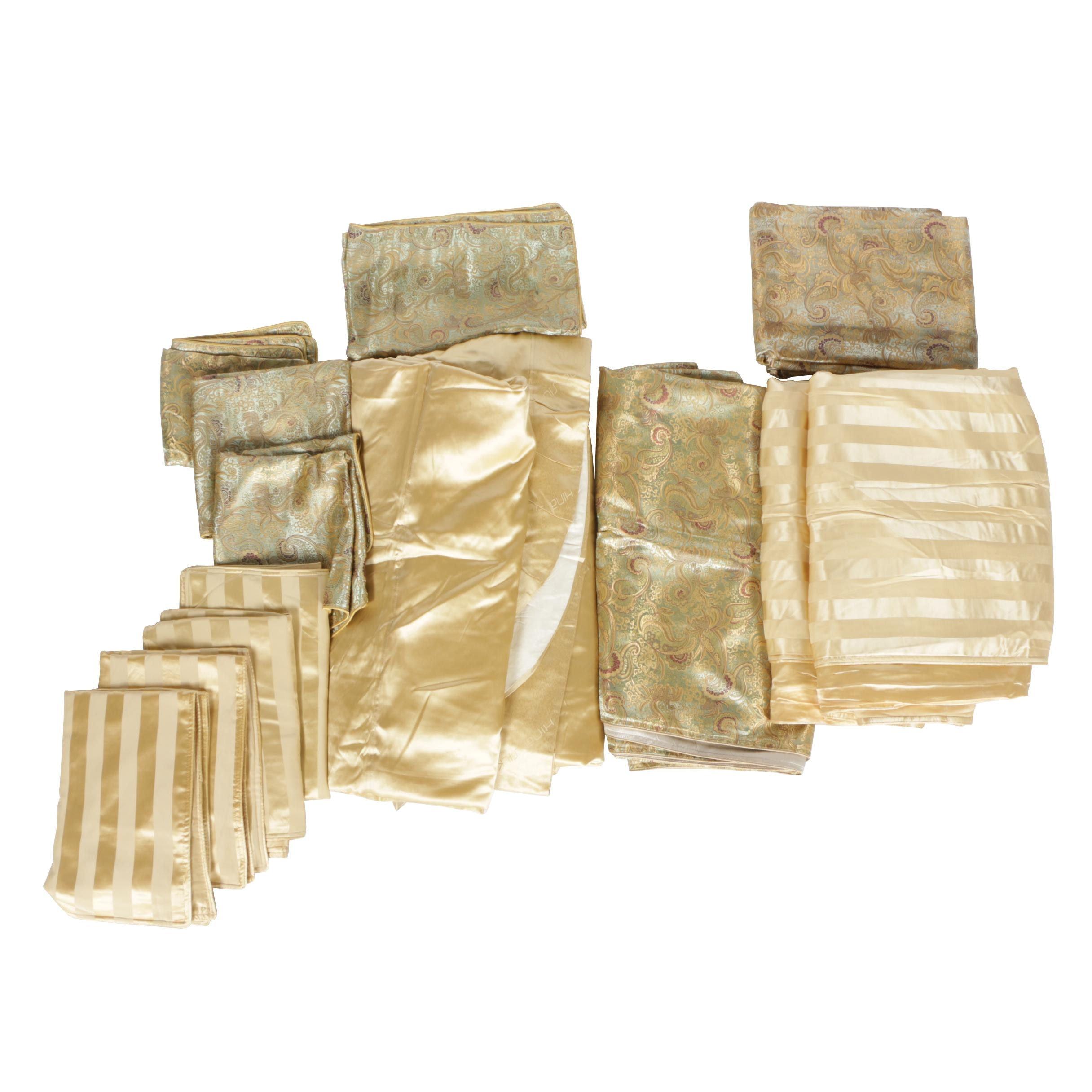 Hina Silk Bedding Set