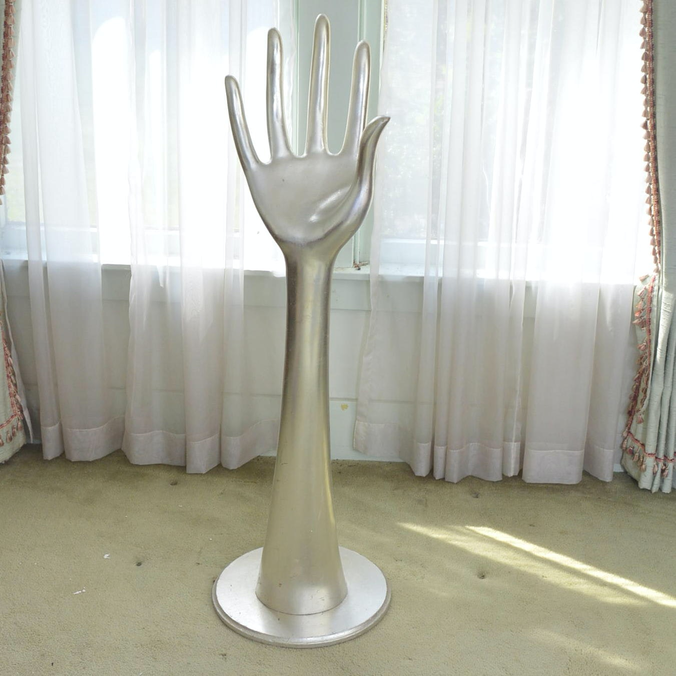 Hand Shaped Stand