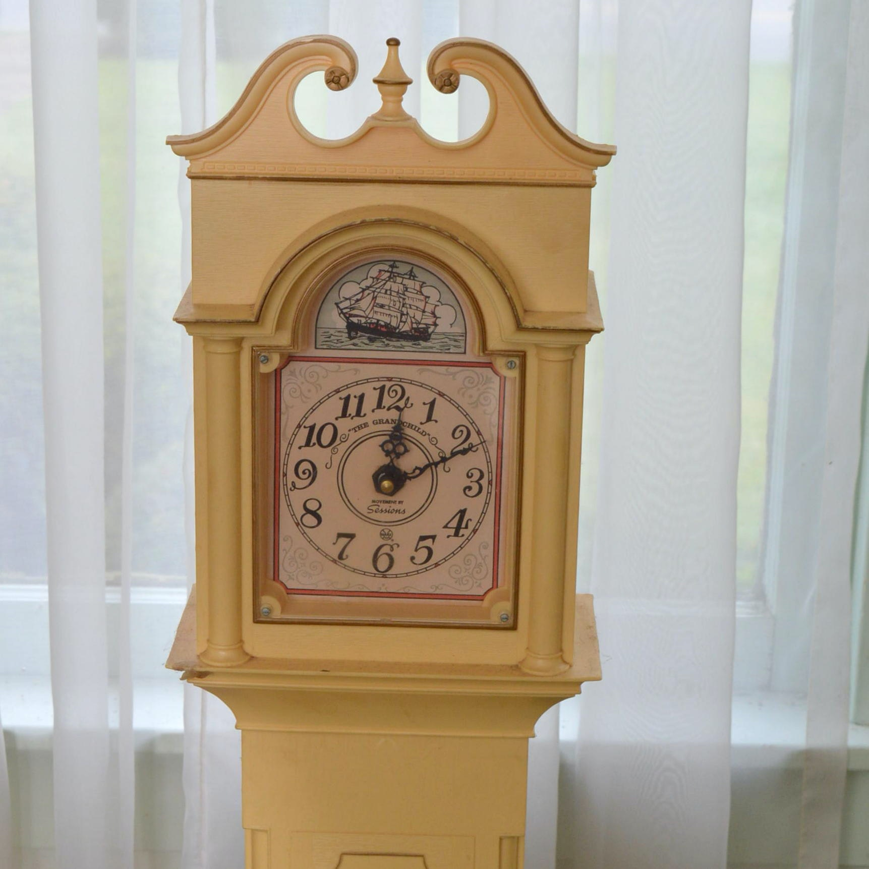 "Louis Marx & Company ""The Grandchild"" Plastic Play Grandfather Clock"