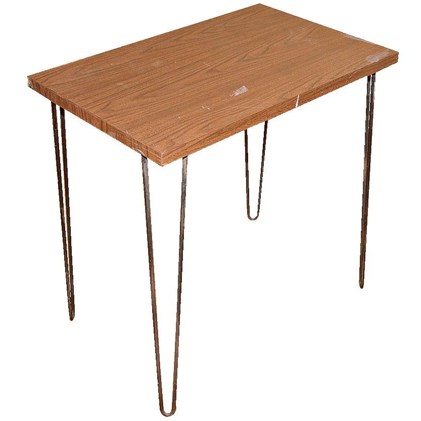 Mid Century Modern Style Table