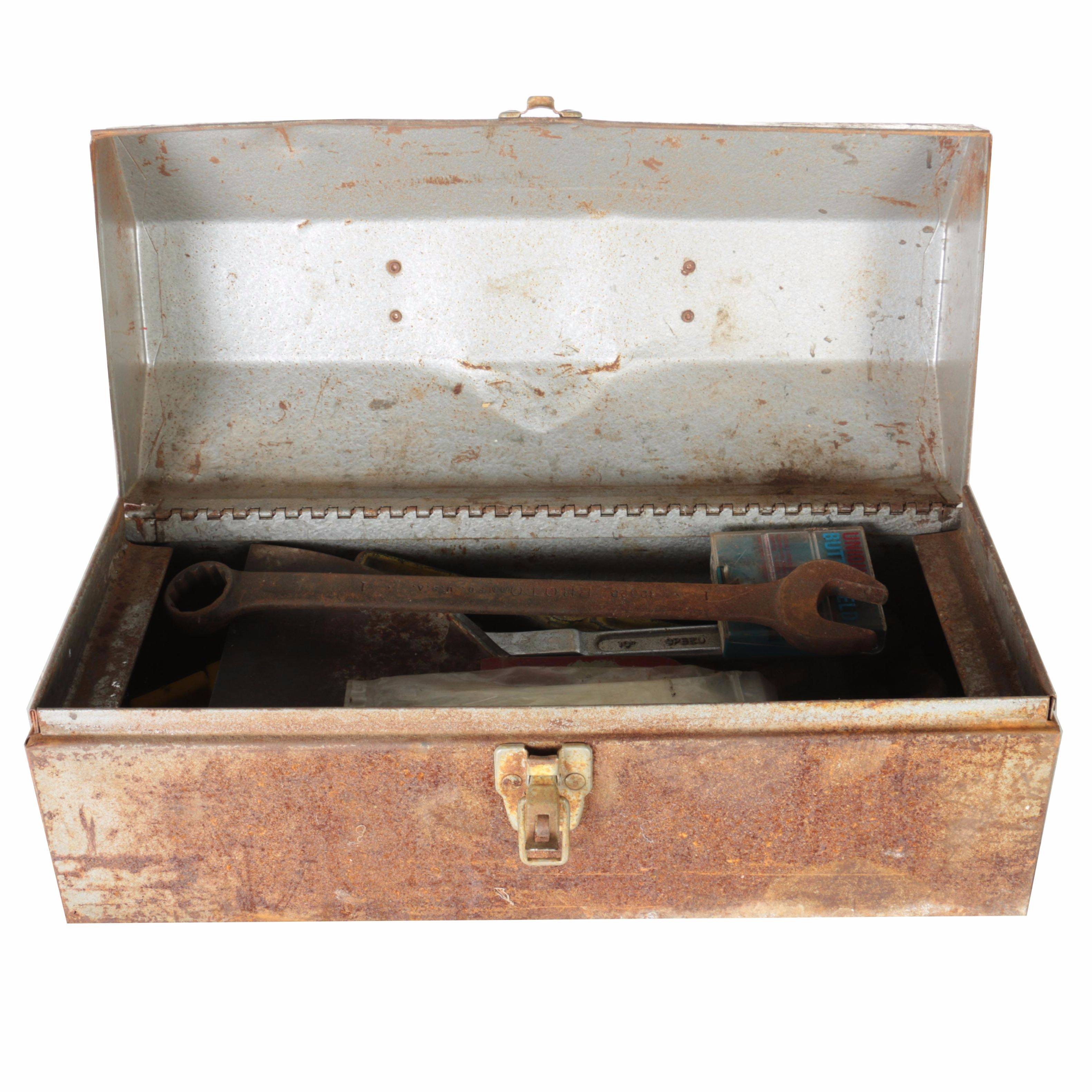 Master Mechanic Value Toolbox with Assorted Tools