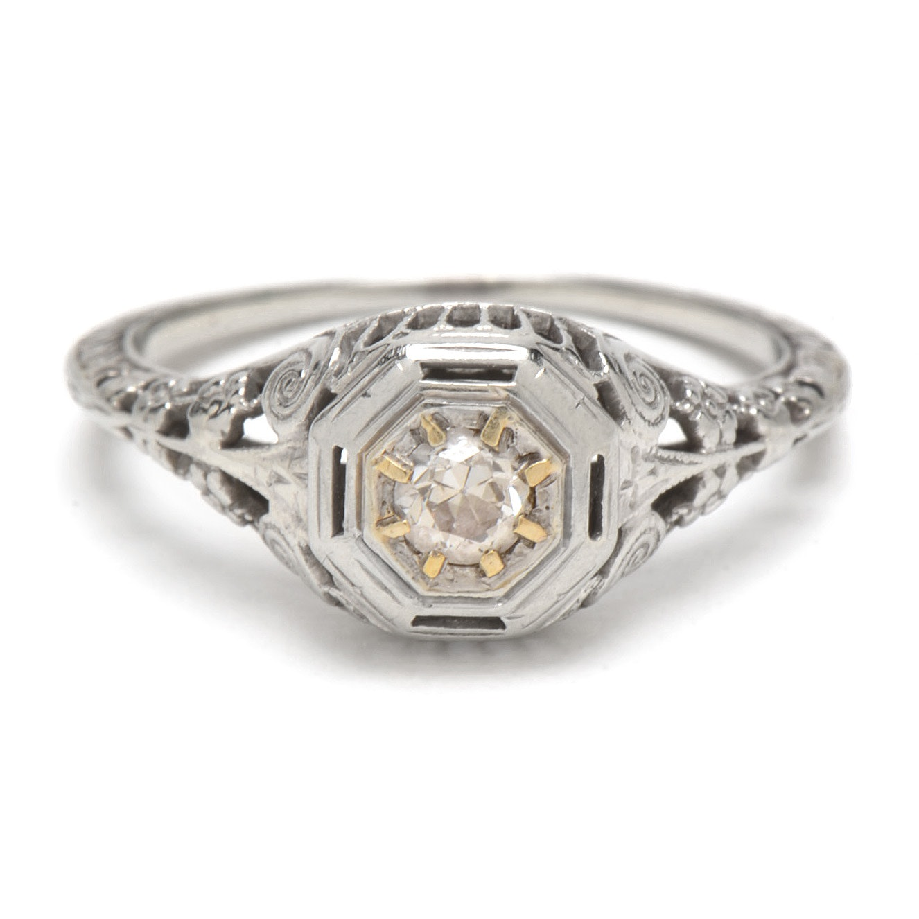 Edwardian 18K White Gold Filigree Diamond Engagement Ring