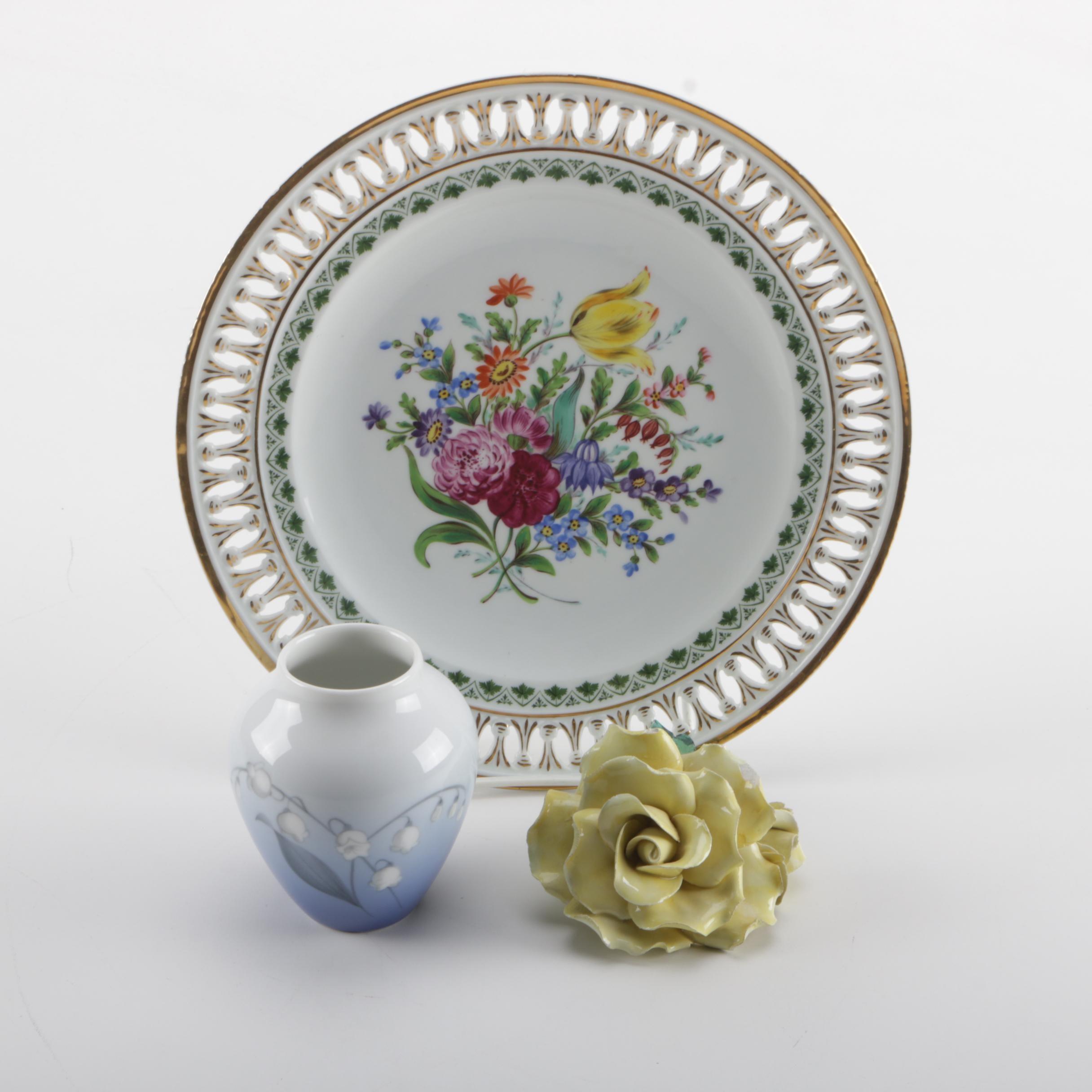 Porcelain Decor Including an Antique Meissen Plate