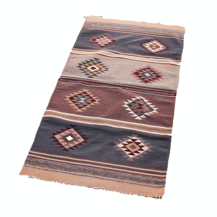 handwoven native american style wool area rug ebth. Black Bedroom Furniture Sets. Home Design Ideas
