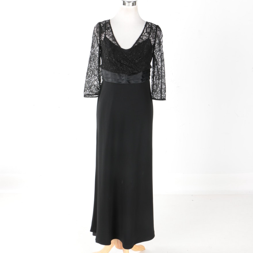 Badgley Mischka Lace and Silk Evening Gown : EBTH