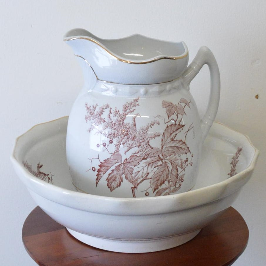 Belle Ceramic Pitcher and Wash Bowl