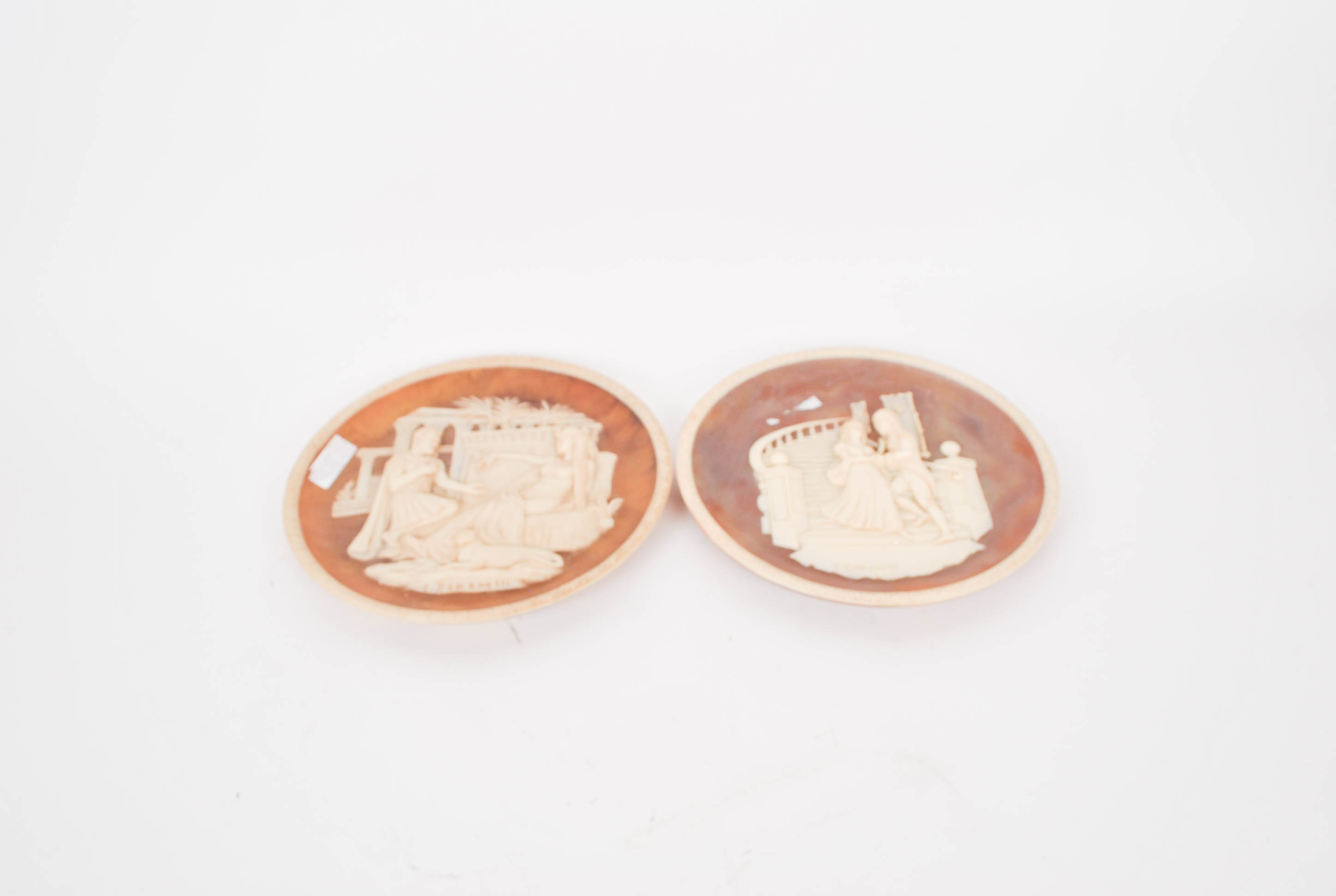 Pair of Collectors Plates Great Romances of History Collection