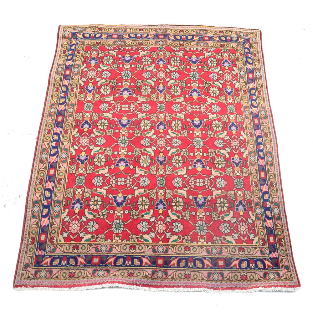 Hand Knotted Semi Antique Persian Heriz Rug