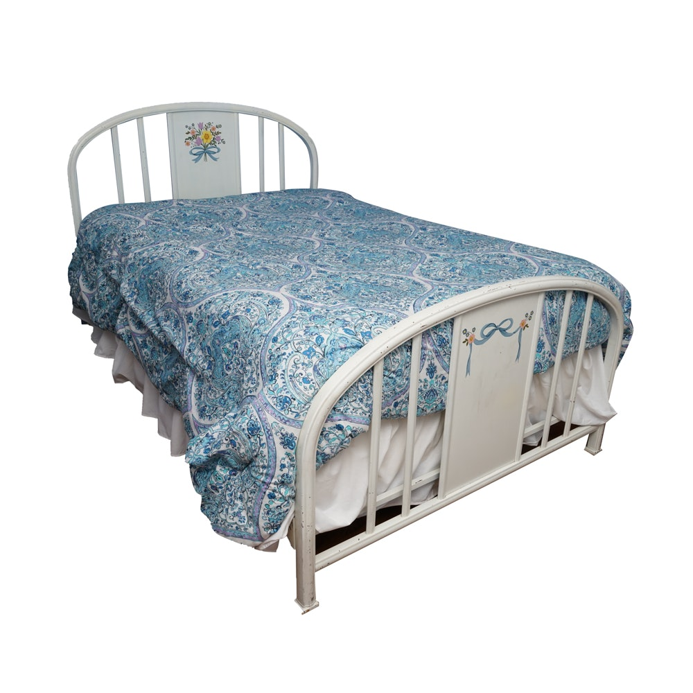 Full Size Painted Metal Bed Frame Ebth