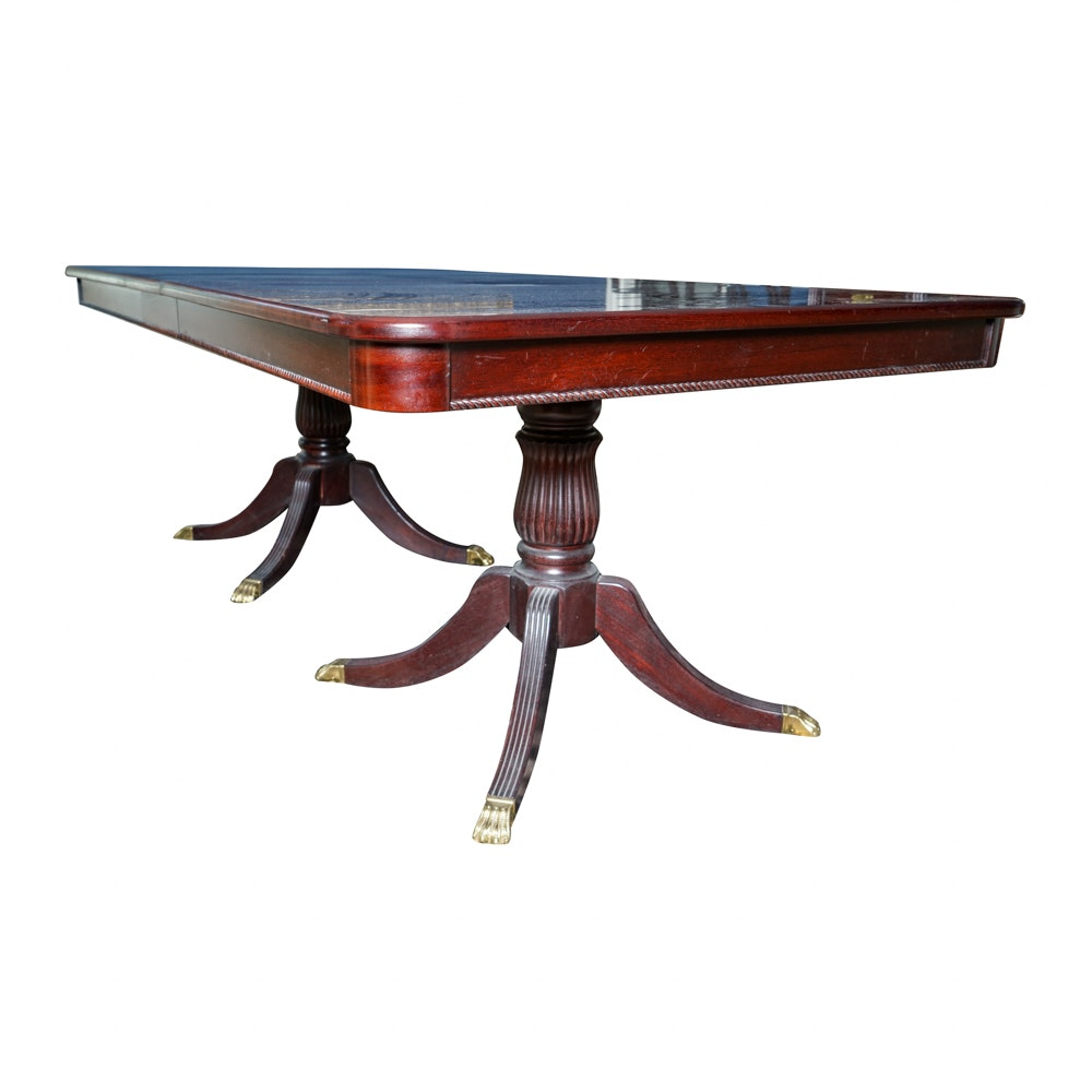 Walter of Wabash Duncan Phyfe Style Dining Table