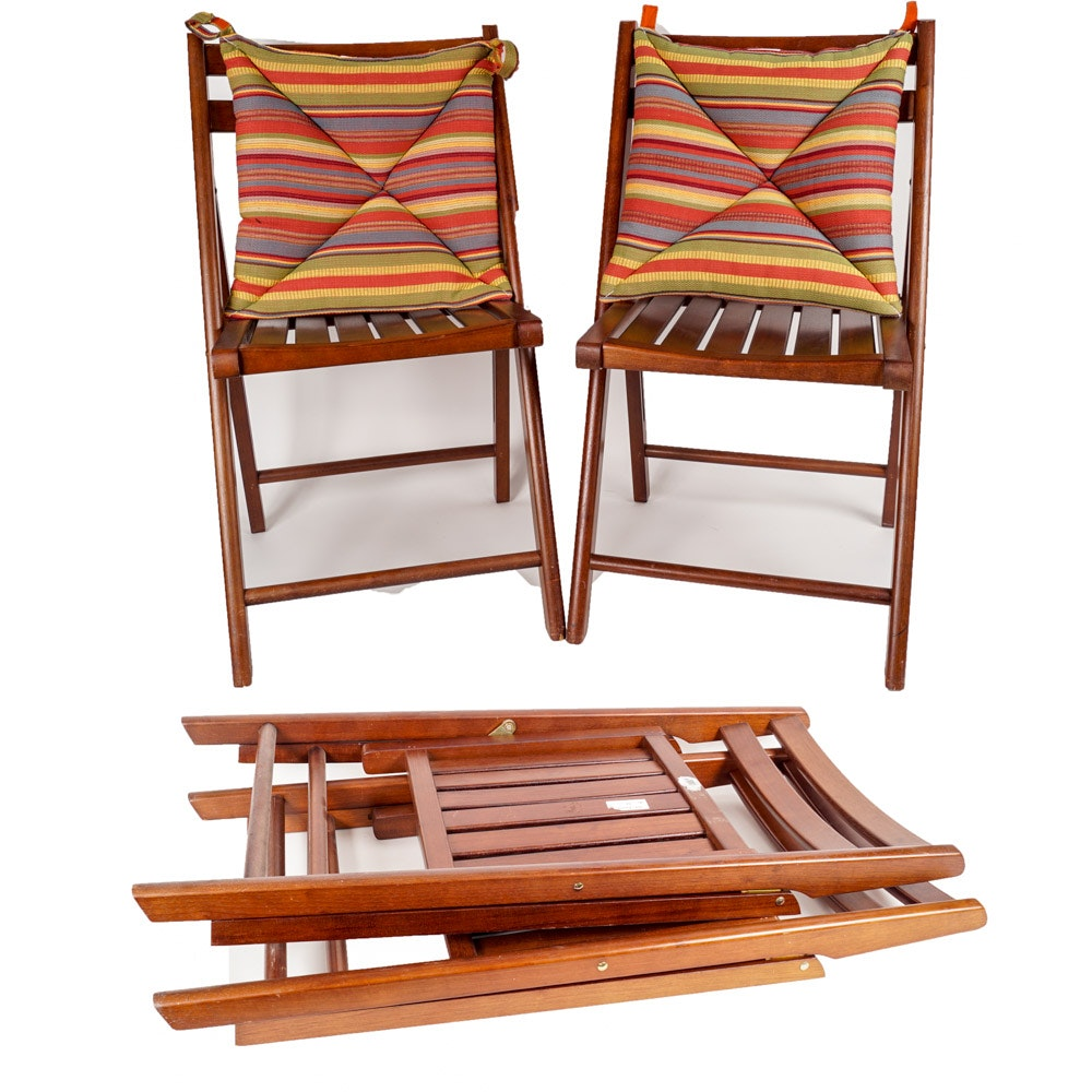 Set of Matching Folding Chairs with Cushions
