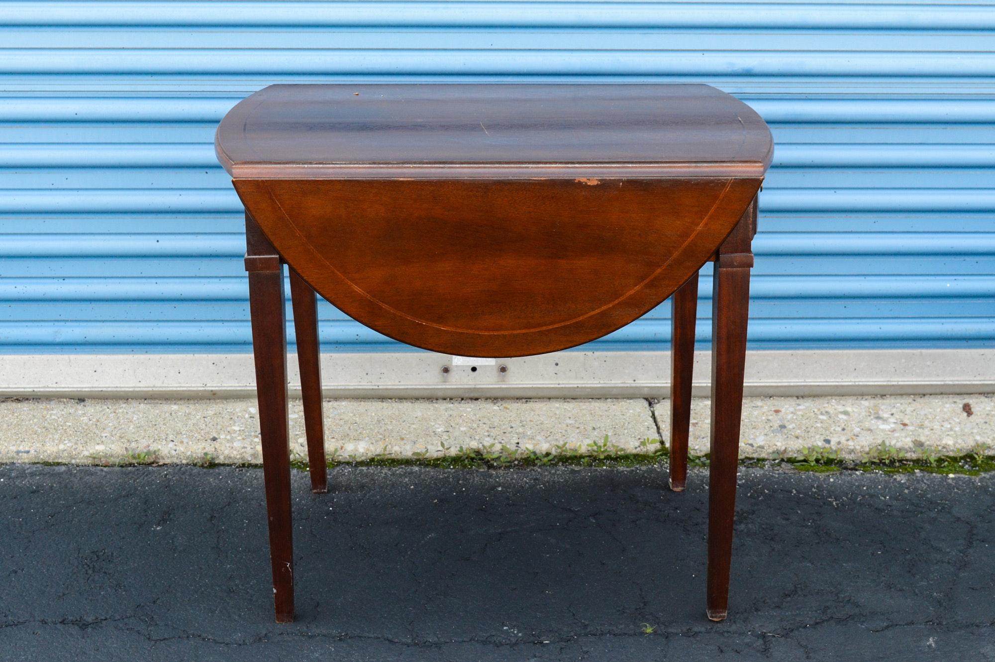 Vintage Federal Style Mahogany Pembroke Table