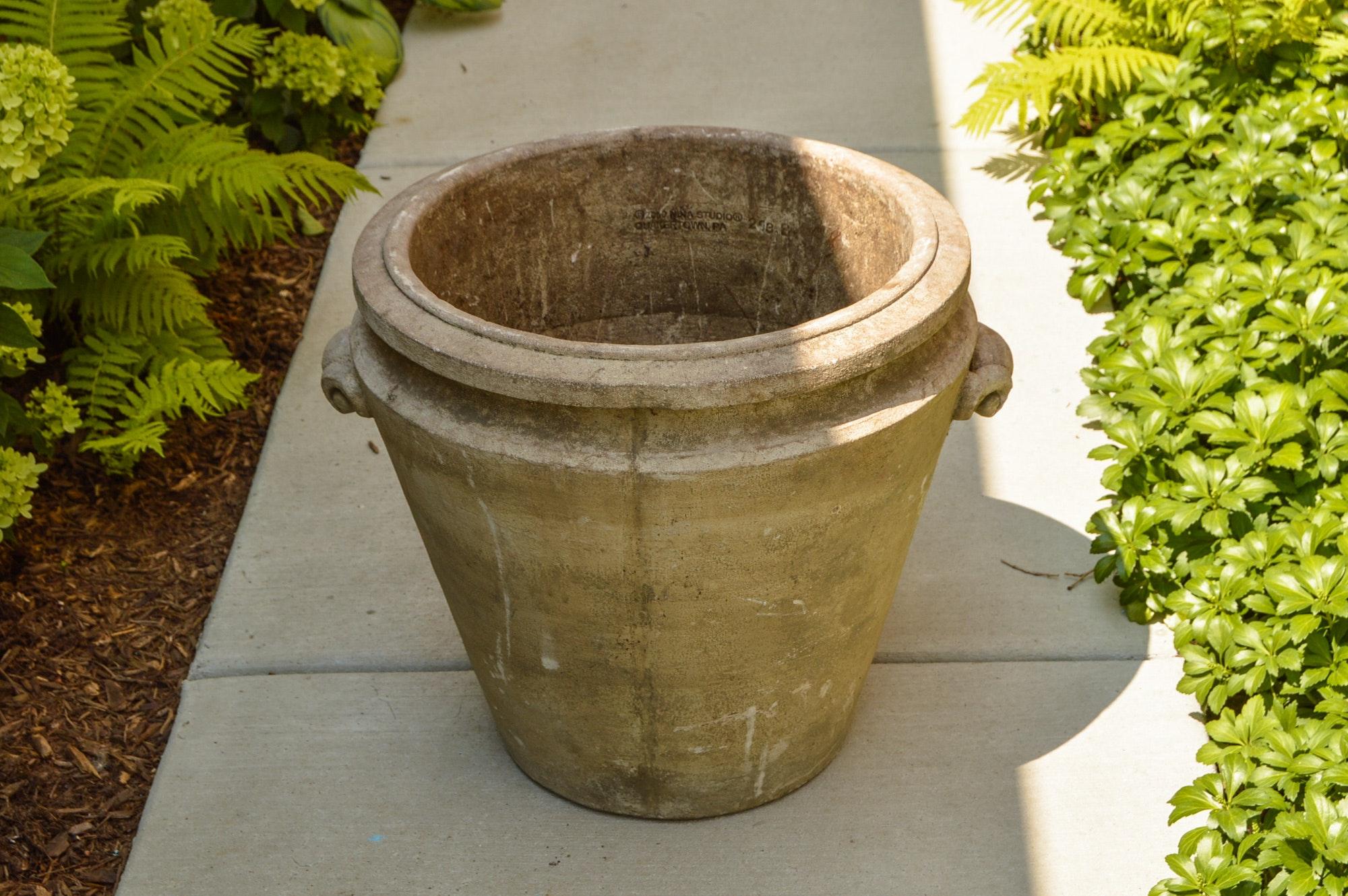 Round Concrete Planter by Nina Studio