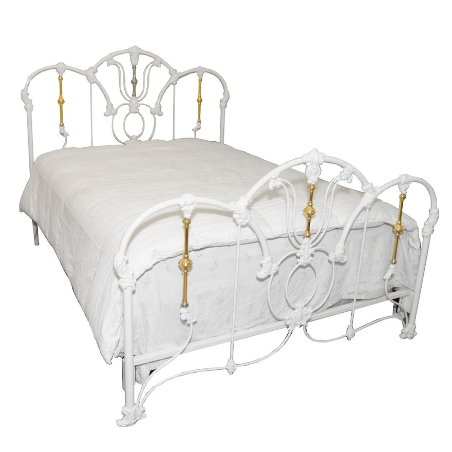 Queen Painted Metal and Brass Bed Frame : EBTH