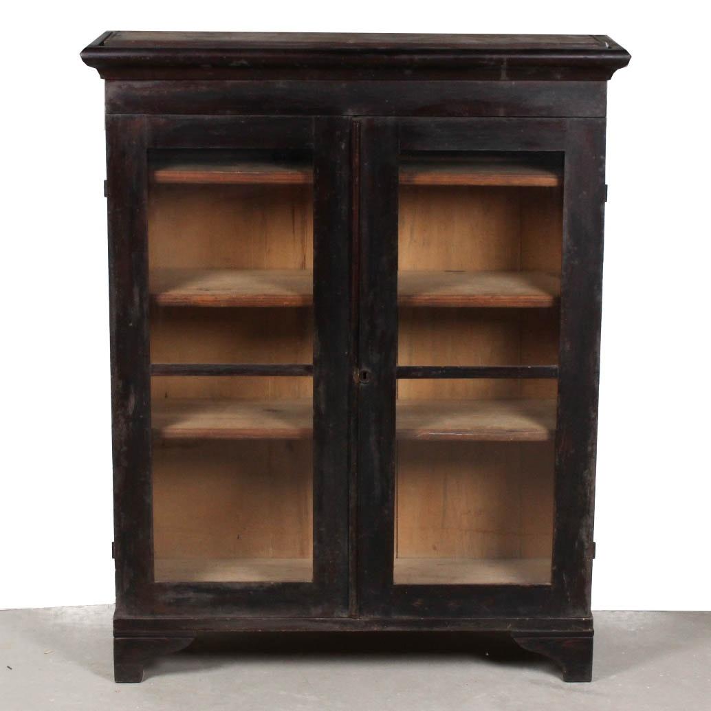 Superieur Antique Glass Front Cabinet ...