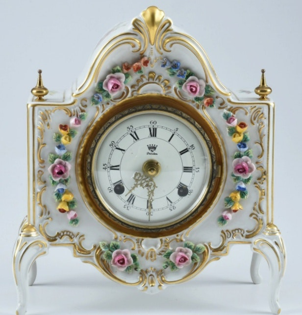 quotAlt Meissen Artquot Dresden Porcelain Clock