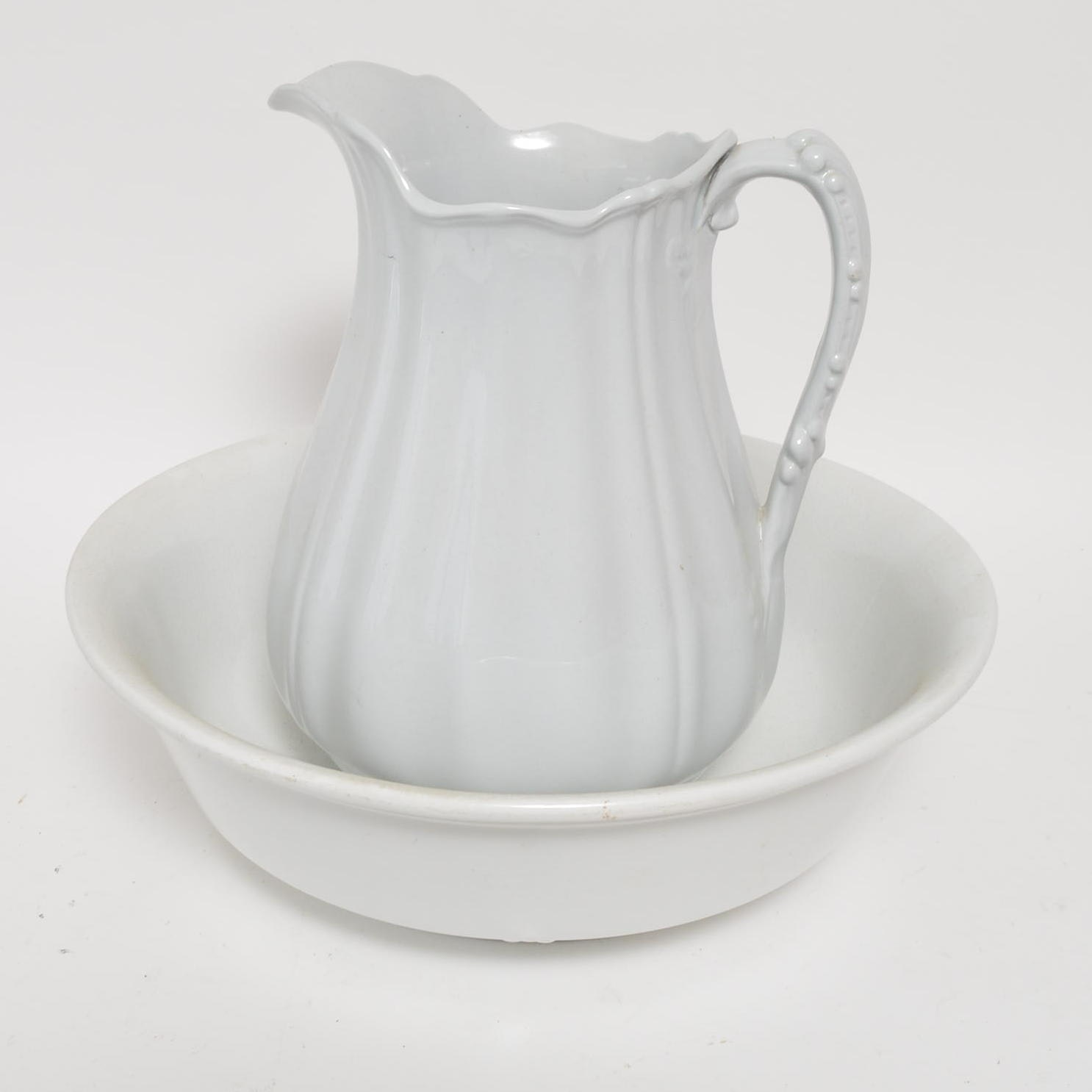 J & G. Meakin Ironstone Pitcher and Basin