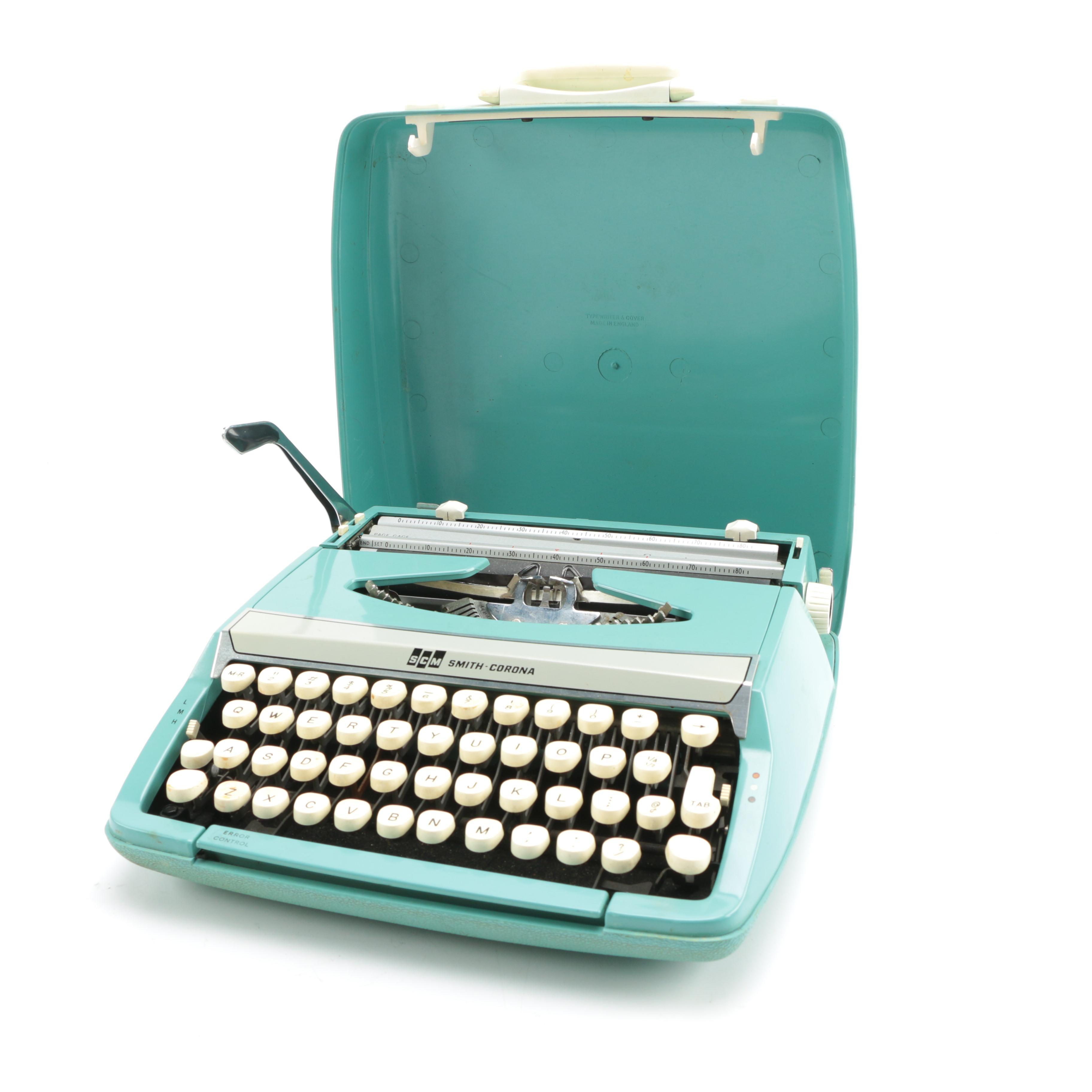 1960s-Era Smith-Corona Corsair Deluxe Portable Typewriter