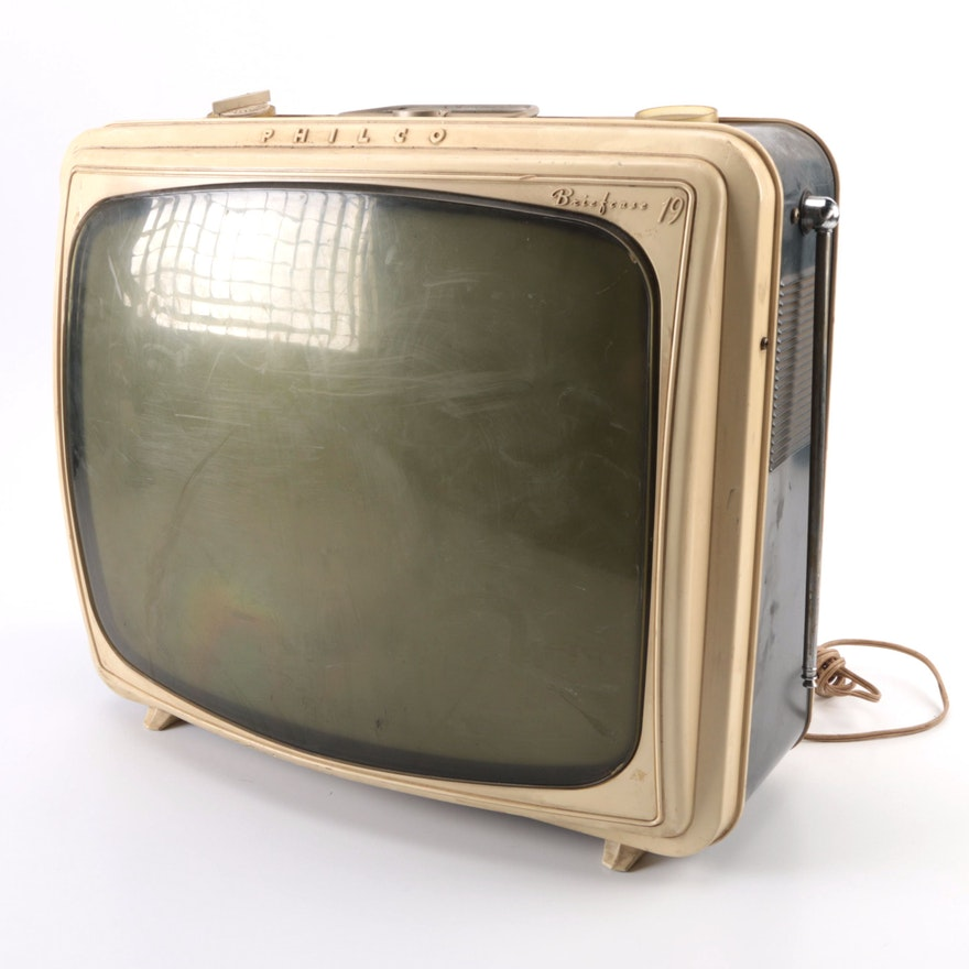 Sony 5-303W micro TV | The 5-303W was Sony's second ...  |1960s Portable Televisions