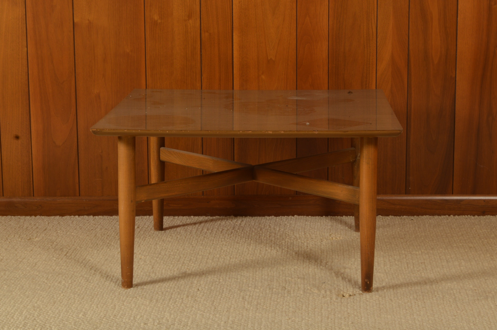 Mid Century Modern Style Cocktail Table