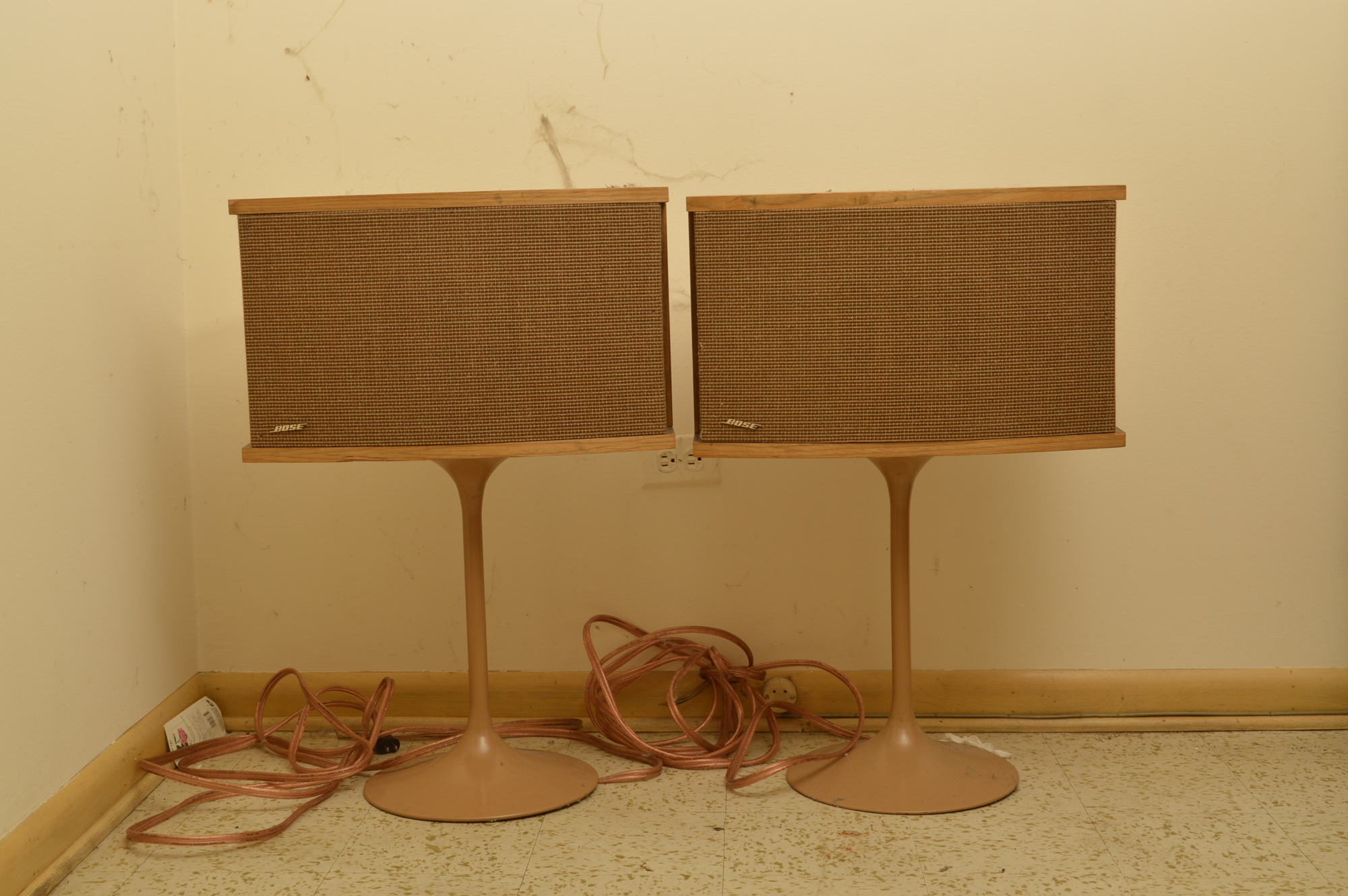 vintage bose speakers. vintage bose speakers on tulip stands