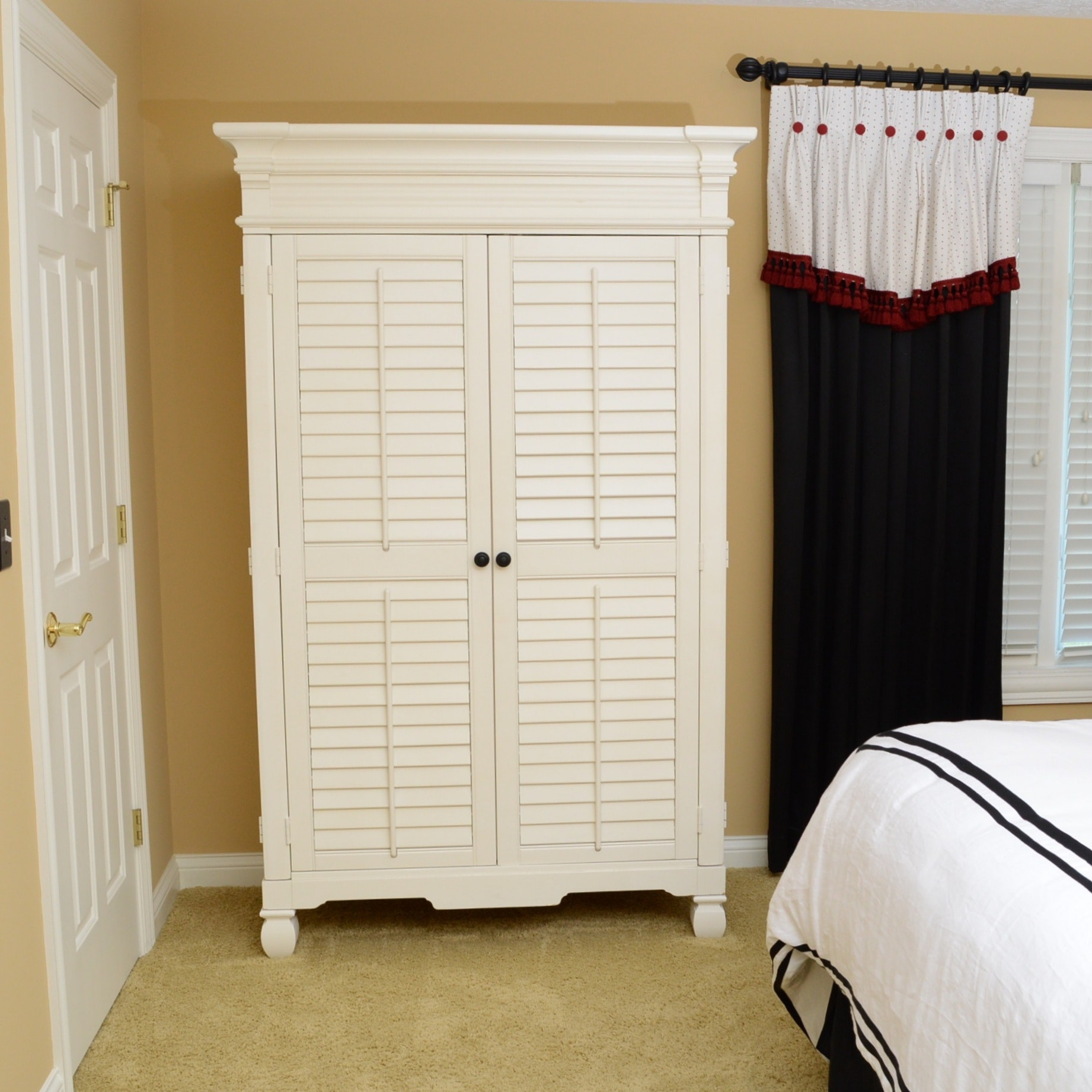 American Signature Armoire with Louvered Doors ... & American Signature Armoire with Louvered Doors : EBTH