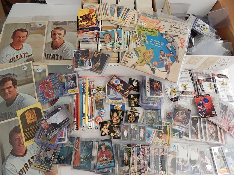 Over 3000 Sports Card and Memorabilia Collection   EBTH 8b1c27ec6