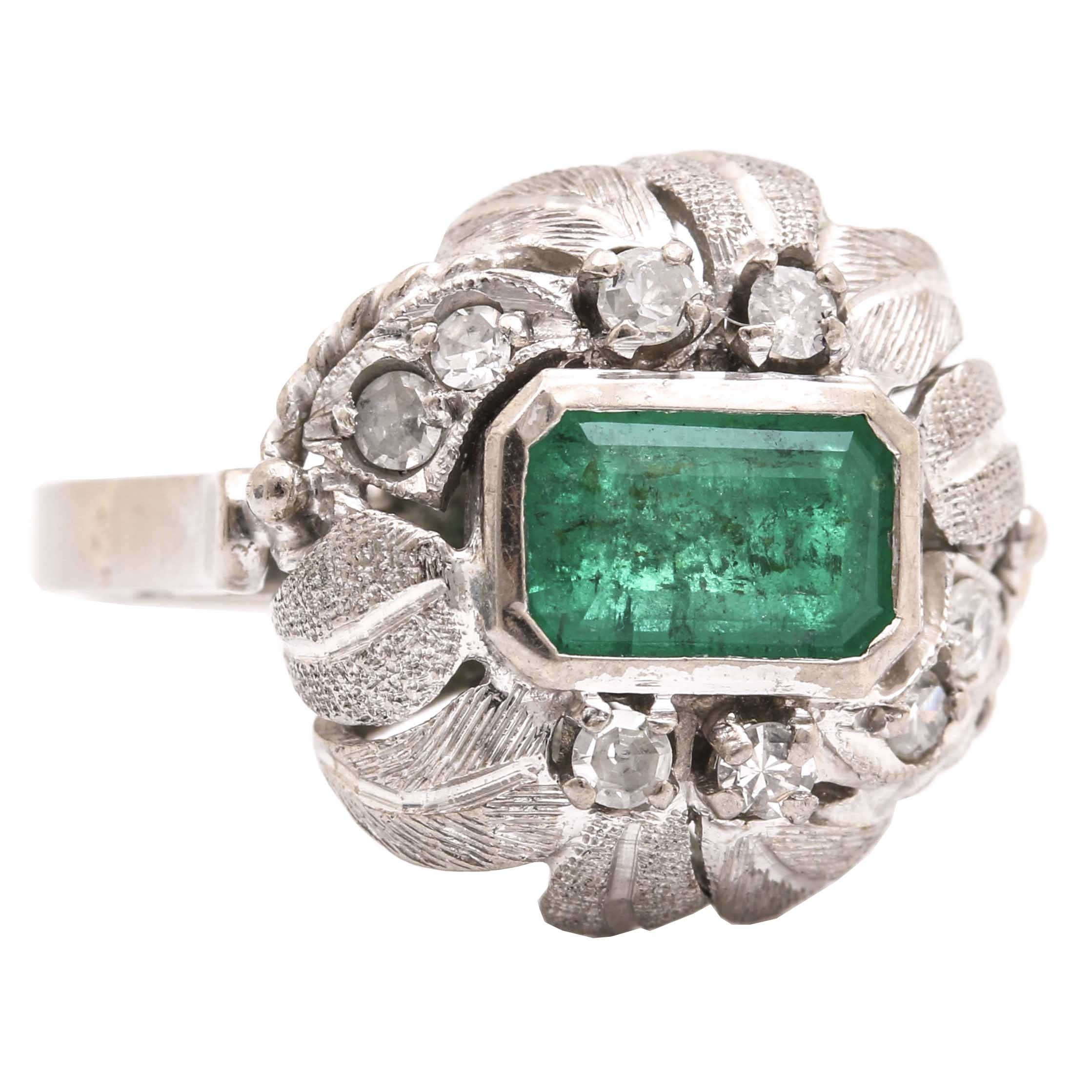14K White Gold 0.88 CT Emerald and Diamond Ring