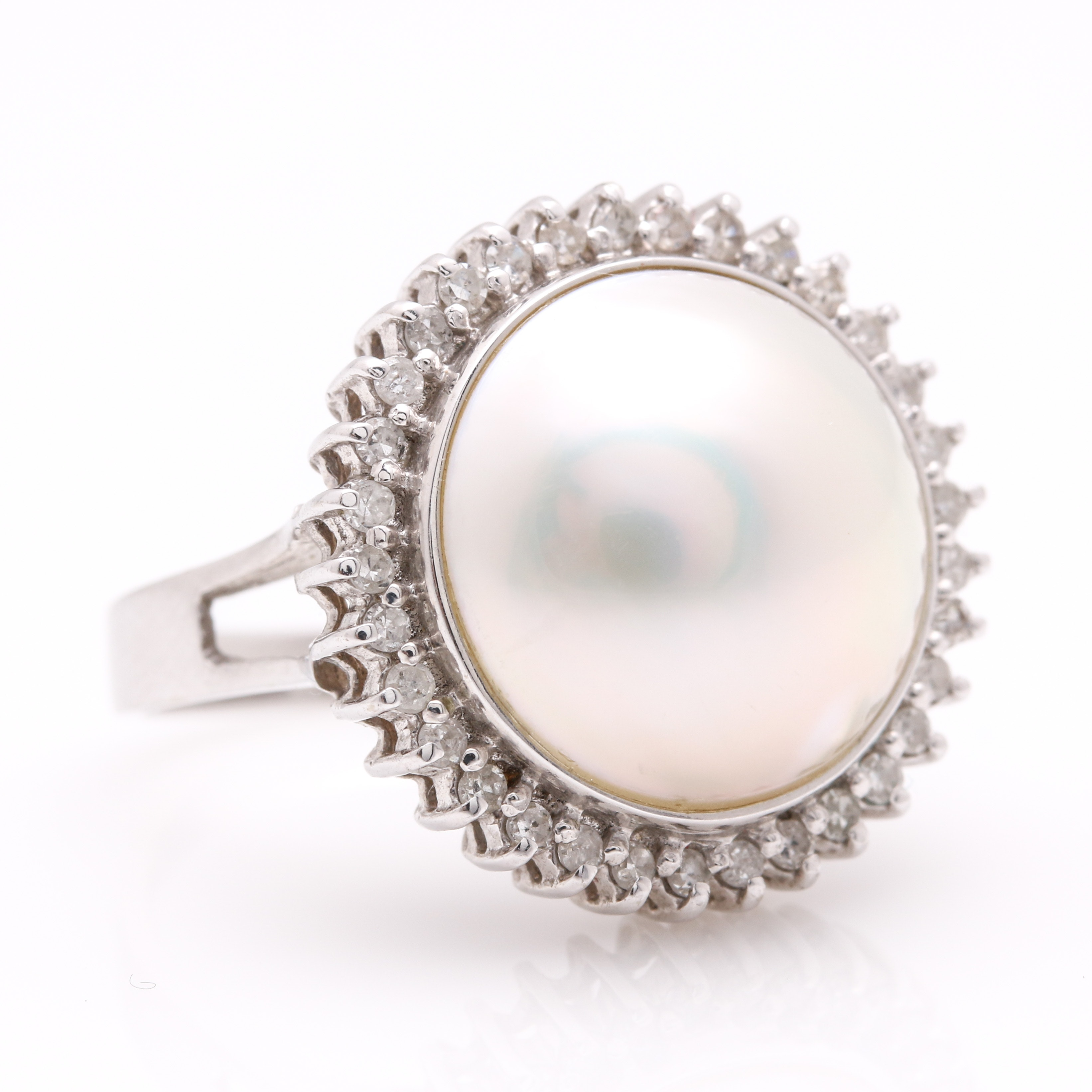 14K White Gold Mabé Pearl and Diamond Ring
