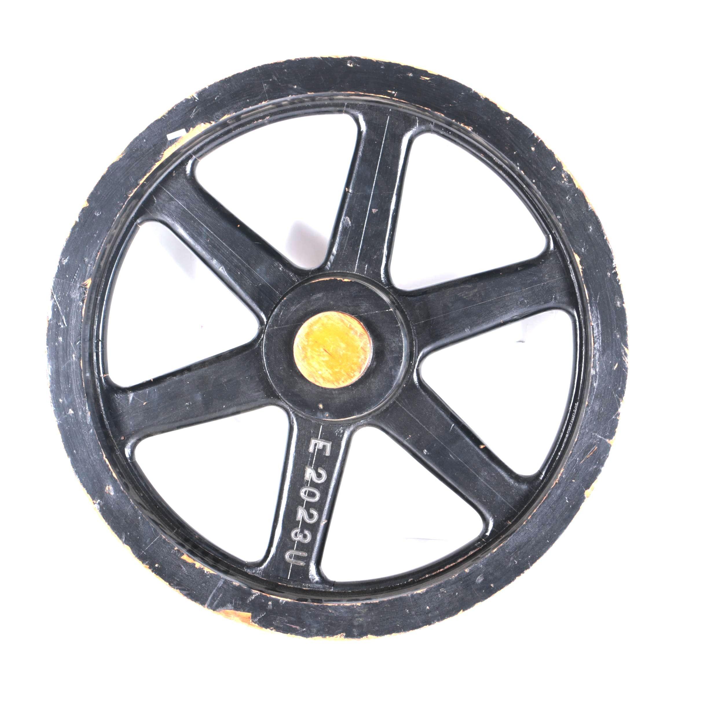 "Wooden 6-Spoke 32"" Wagon/Automobile Wheel"