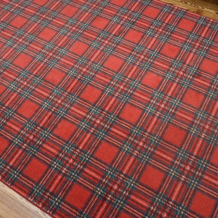 Plaid Rug: Power-Loomed Tartan Plaid Area Rug : EBTH