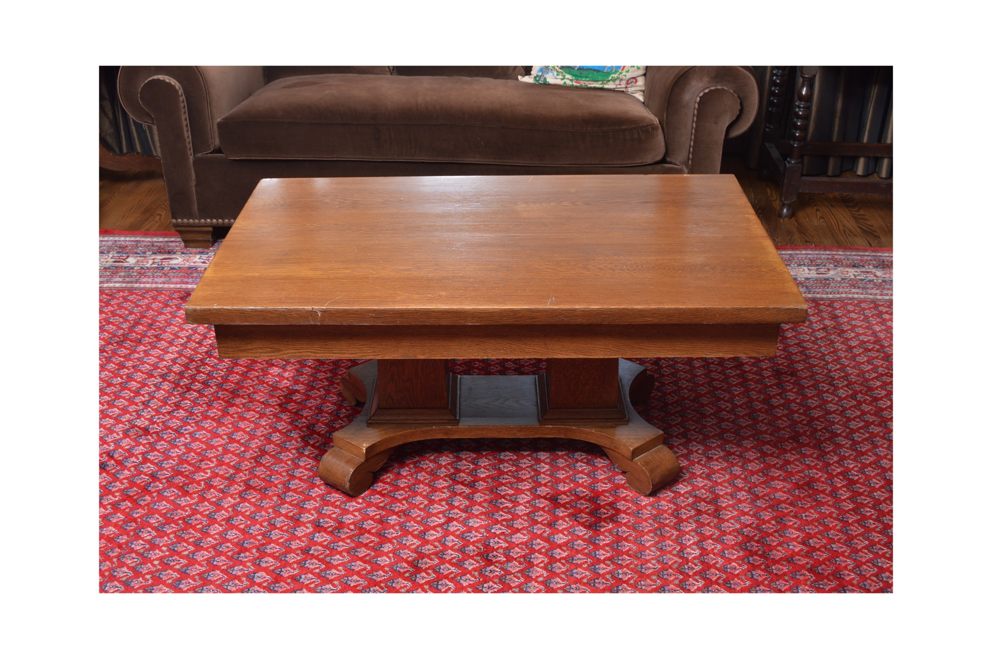 An Vintage Oak Coffee Table With Drawer
