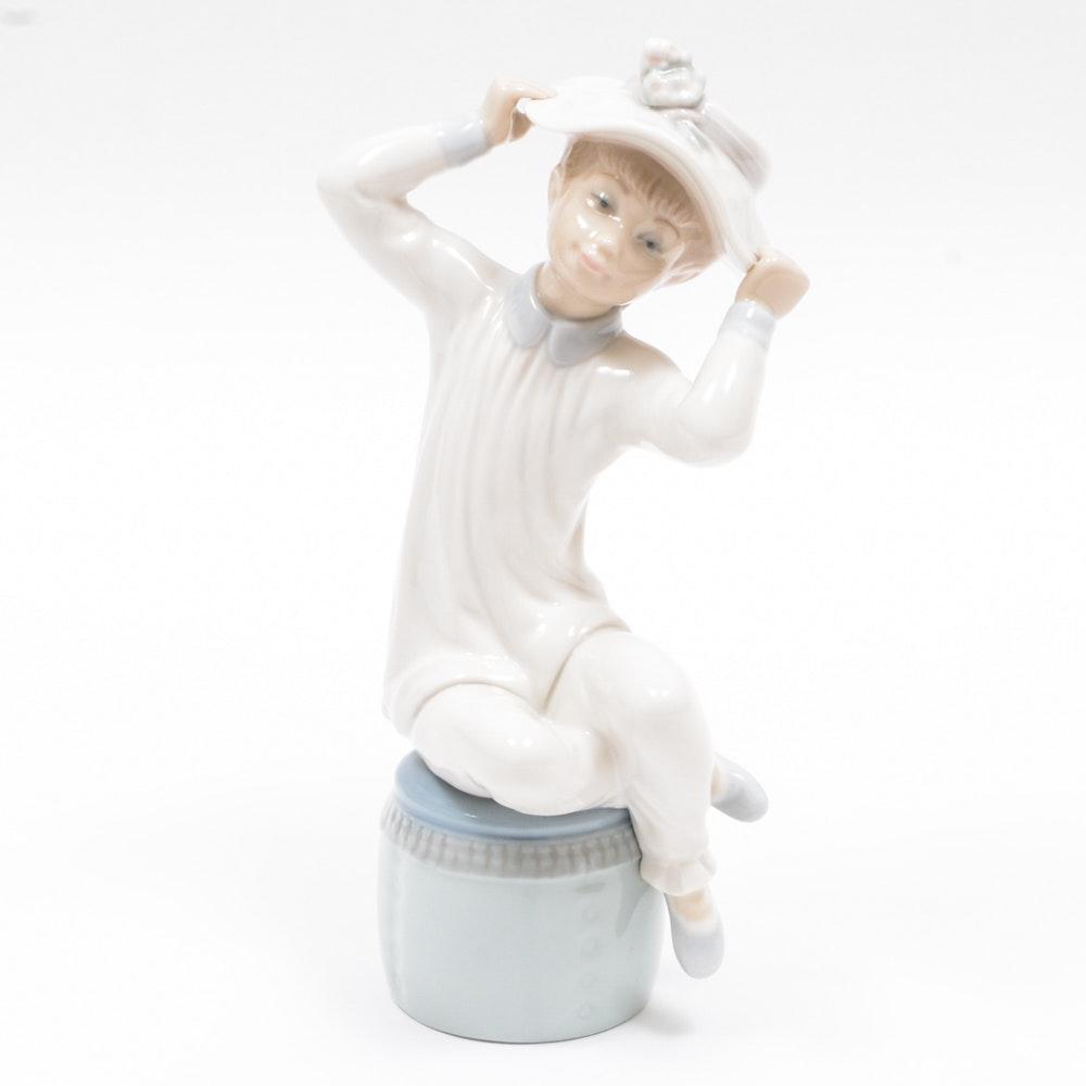 Lladró Girl in Hat Figurine