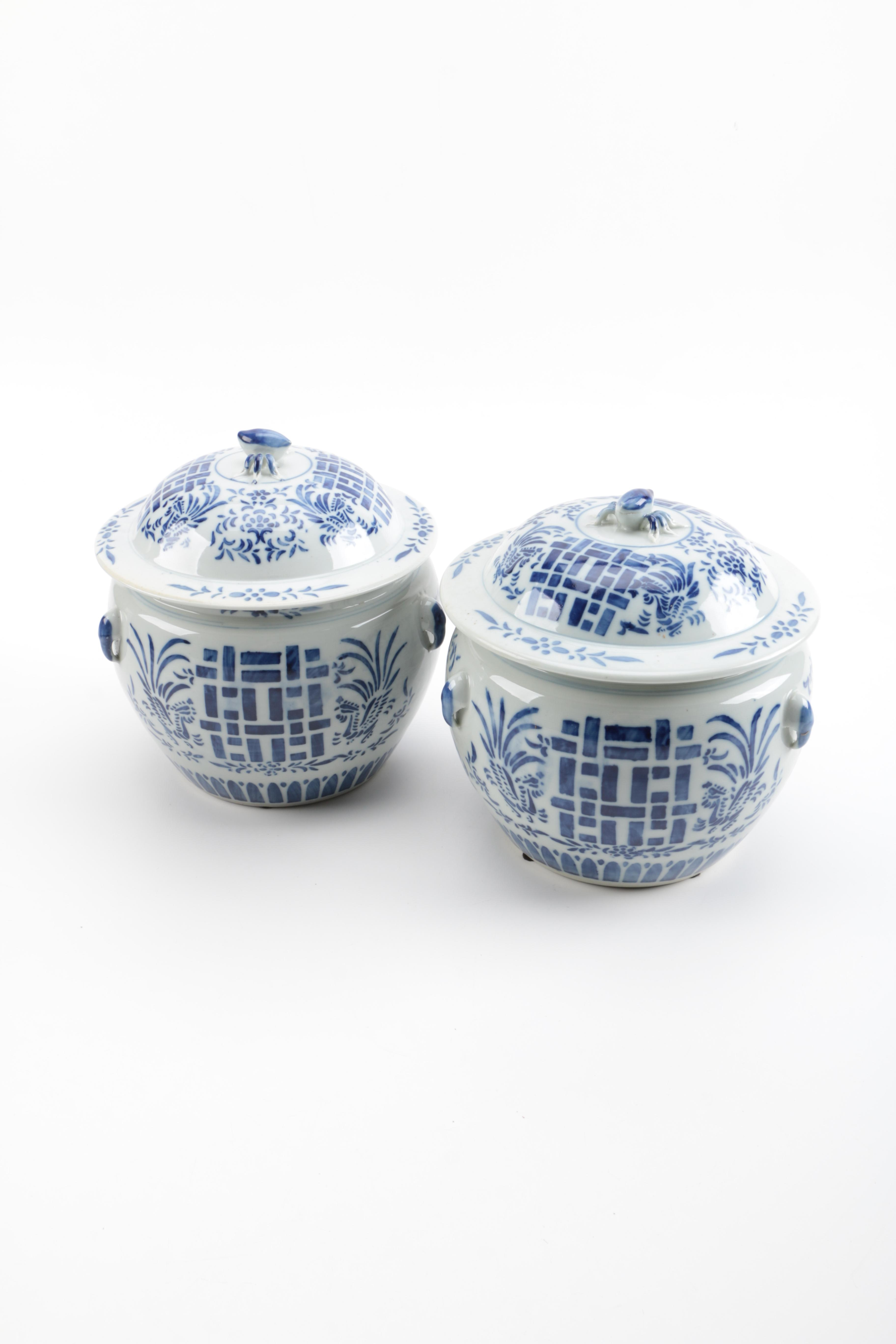 """Chinese Porcelain """"Double Happiness"""" Blue and White Covered Jars"""