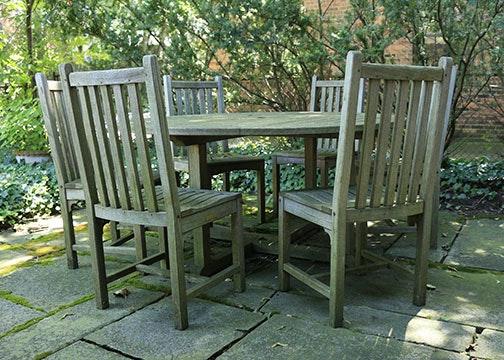 Kingsley Bate Teak Outdoor Dining Set