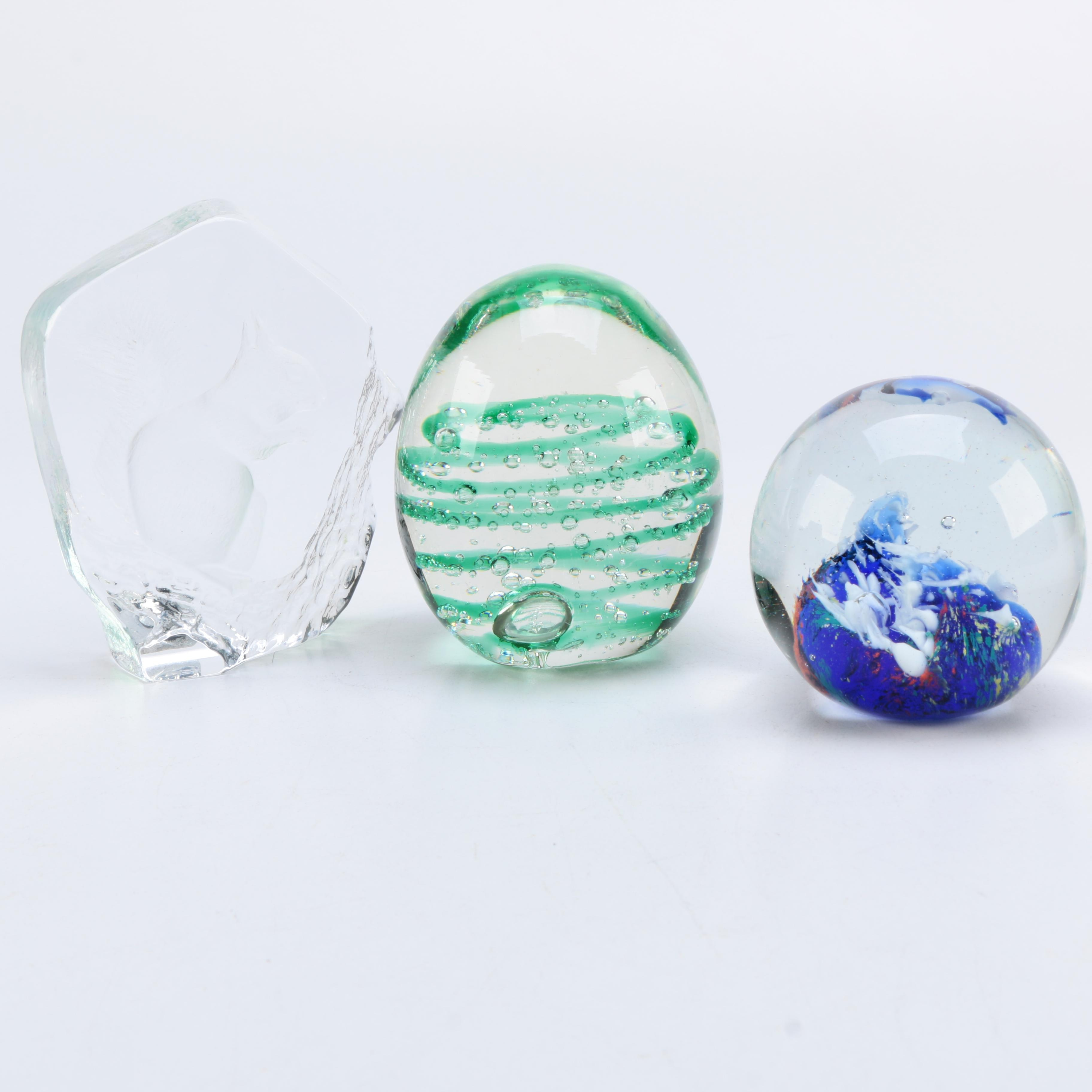Group of Glass and Crystal Paperweights Including Mats Jonasson