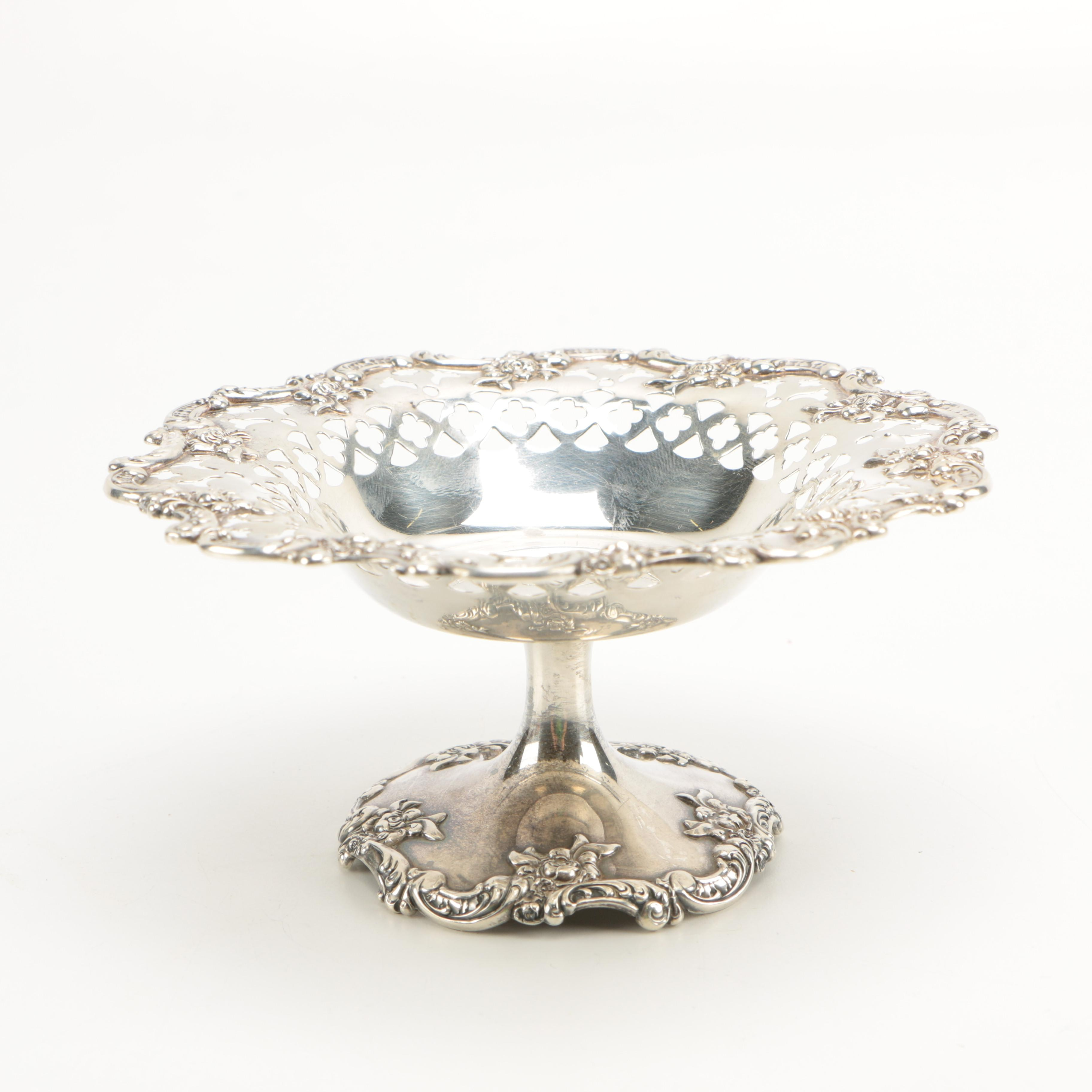 Towle Silversmiths Rococo Style Sterling Silver Pedestal Nut Dish