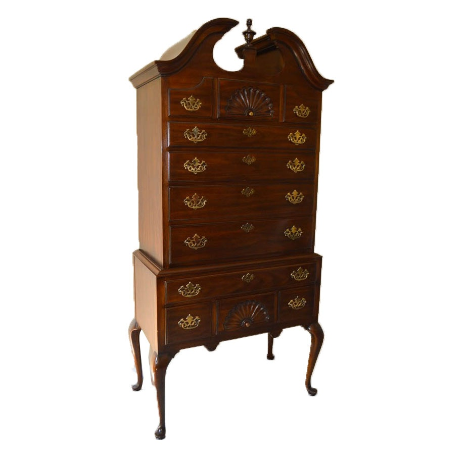 Vintage queen anne style mahogany highboy by drexel ebth for Queen anne style