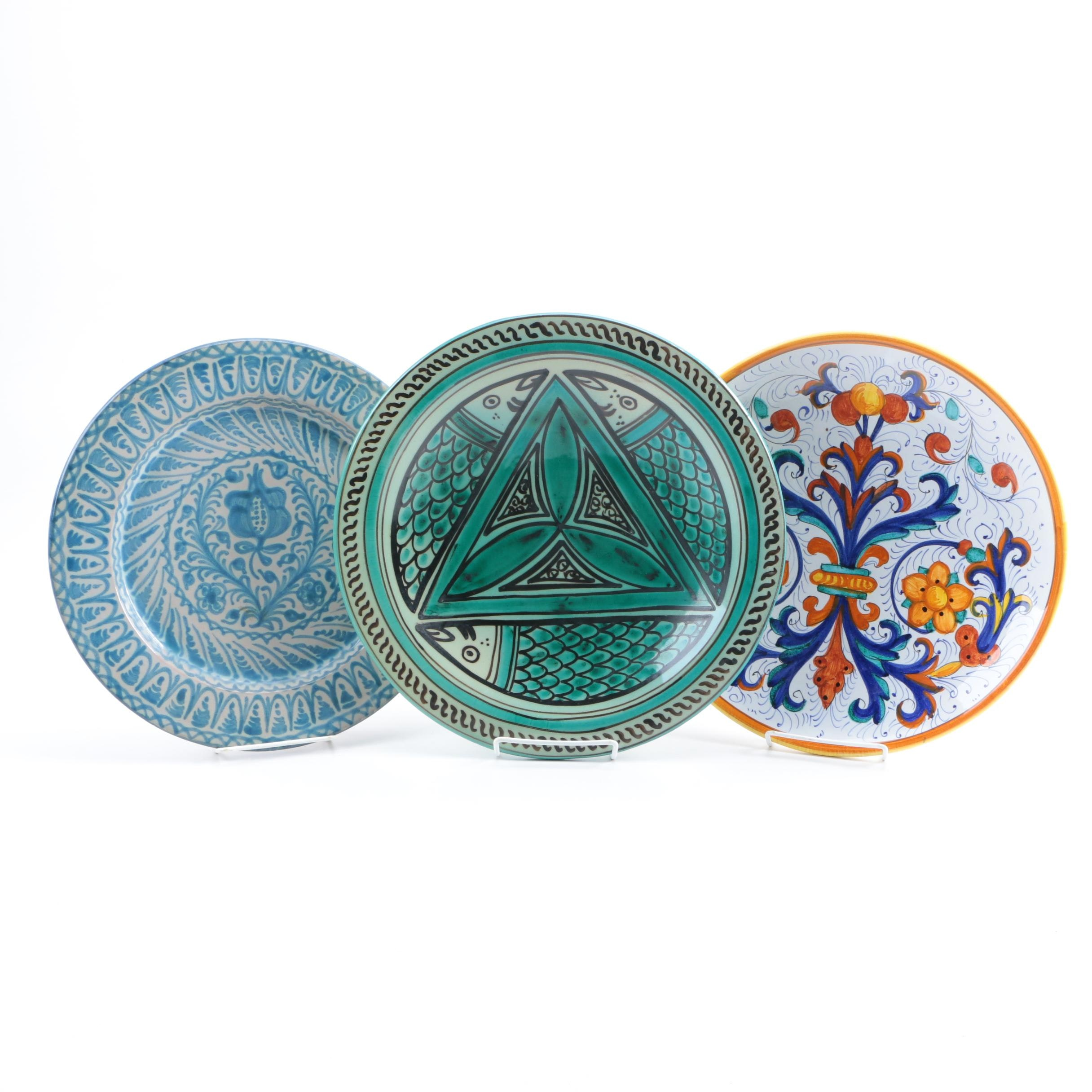 Hand-Painted Decorative Cabinet Plates Including Deruta