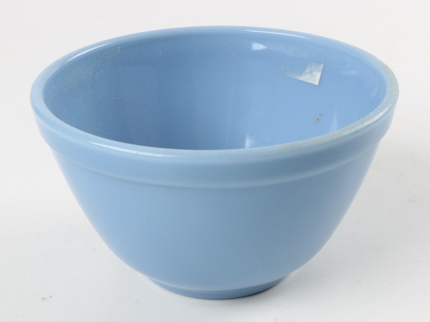 Pyrex Quot Delphite Quot Blue Nested Mixing Bowls Ebth