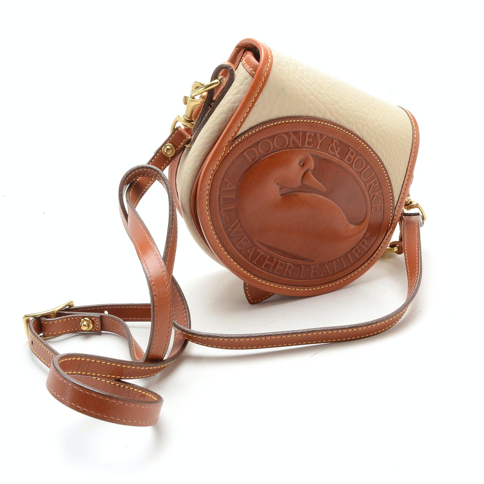Vintage Dooney \u0026 Bourke Small Duck Crossbody Bag
