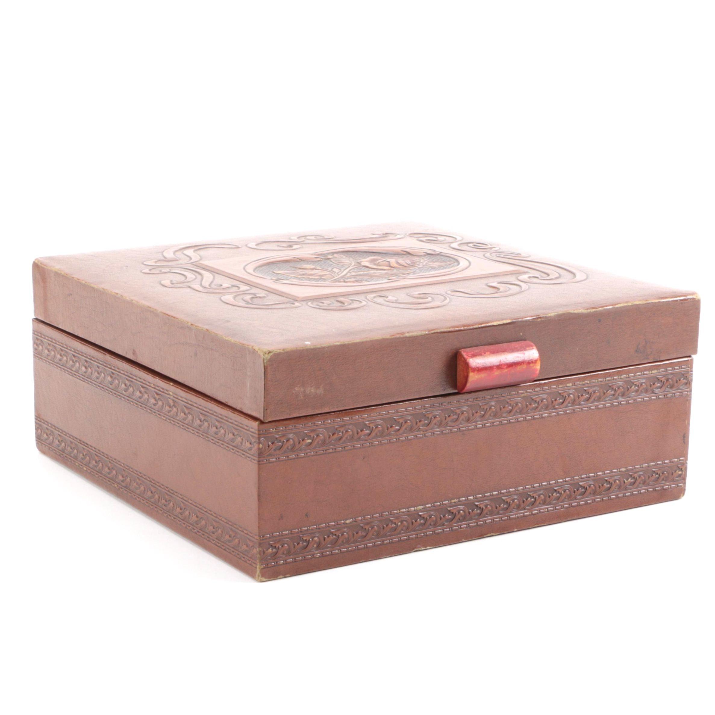 Vintage Jewelry Box With Bakelite Handle