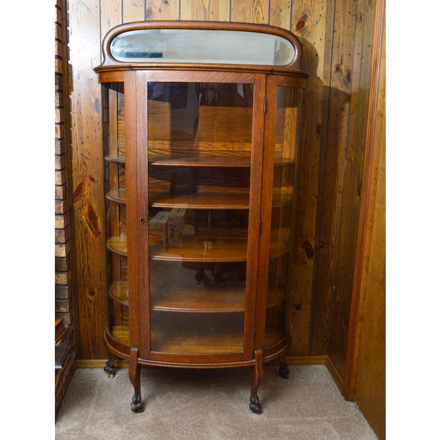 Vintage Oak Curio Cabinet by Superior Furniture Co. - Vintage Oak Curio Cabinet By Superior Furniture Co. : EBTH