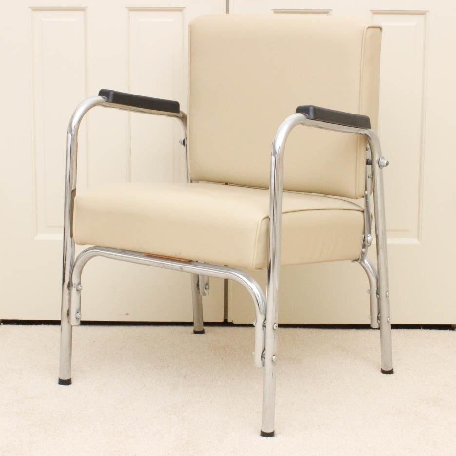 Salon Shampoo Chair by P.S. Pibbs Inc.