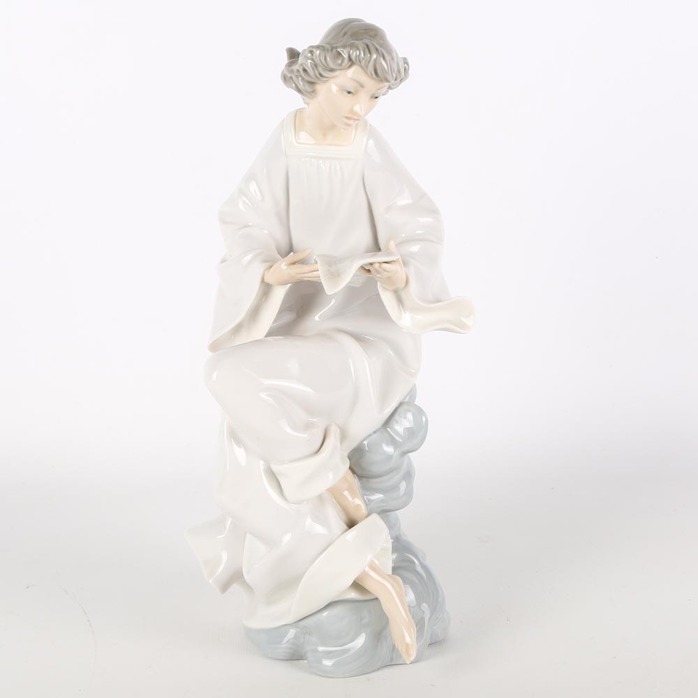 "Lladro Porcelain Figurine ""Angel with Score"""